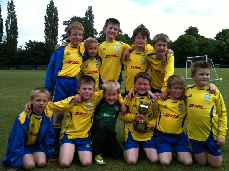 Penkridge junior U13 Eagles | Penkridge Junior Football Club Rolling Soccer Ball